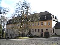 Jagdschloss bei Bad Soden Salmünster im Main Kinzig Kreis: Nutzung für Pferdezucht, Hotel oder Schulungszentrum
